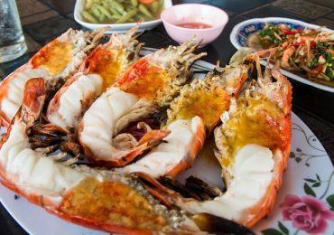 Những món ăn đường phố nhất định phải thử khi đi du lịch Hàn Quốc