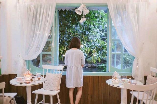 """Mách bạn 3 quán cà phê """"xịn sò"""" ở Huế mở cửa xuyên Tết"""