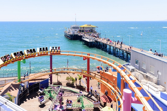 Bến tàu Santa Monica – điểm du lịch nổi bật không thể bỏ qua tại Los Angeles