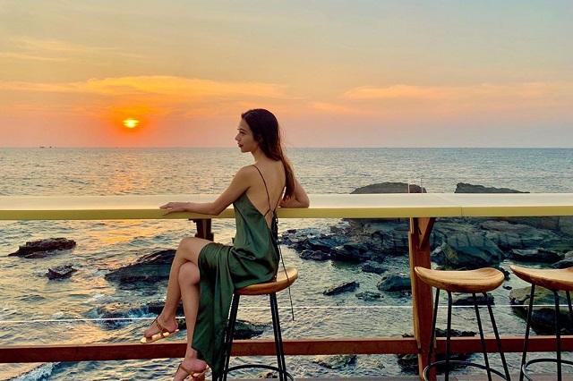 Top 3 quán bar Phú Quốc cực xinh phải đến trong xuân này