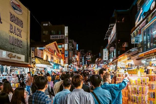 Hongdae là một khu phố đêm lý tưởng cho giới trẻ