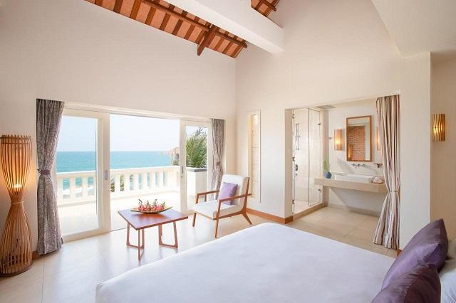 Căn phòng sang trọng với view biển cực đẹp đảm bảo đốn tim bạn ngay